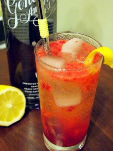 Genever Strawberry Smash